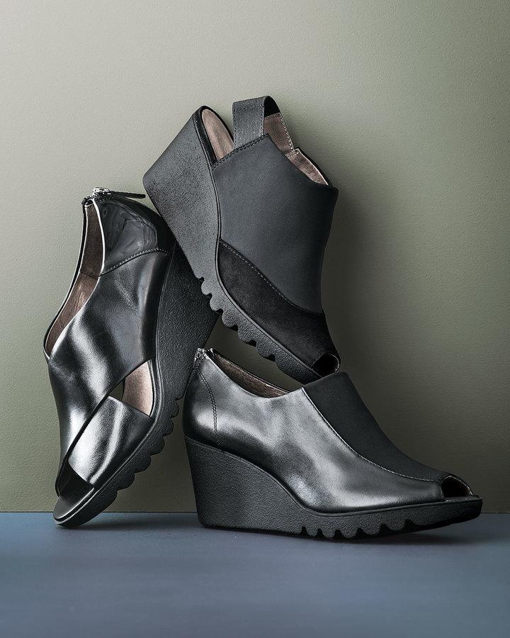 Donald J Pliner Marti Crisscross Wedge Sandal, Black