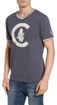 American Needle Men's Eastwood - Chicago Cubs V-Neck T-Shirt
