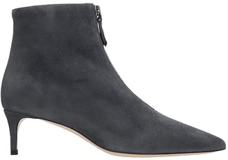 Dei Mille Low Heels Ankle Boots In Grey Suede