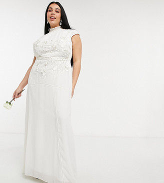Hope & Ivy Plus Bridal floral beaded and embroidered maxi dress with keyhole back in ivory