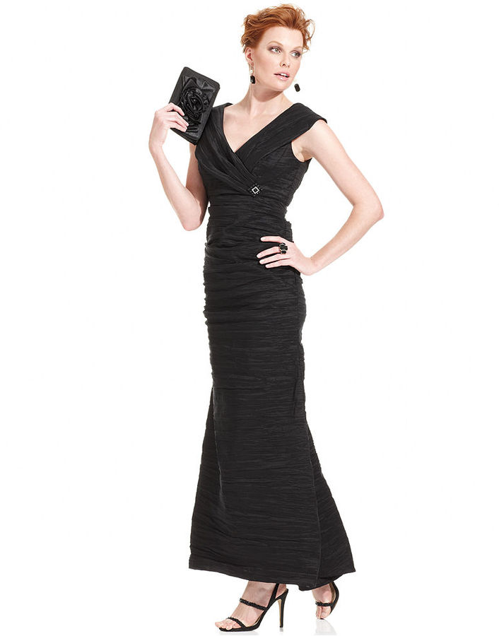 Alex Evenings Dress, Sleeveless Portrait-Collar Gown