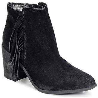 Dixie FLICKA women's Low Ankle Boots in Black