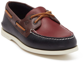 Sperry Authentic Original 2-Eye Tri-Tone Boat Shoe