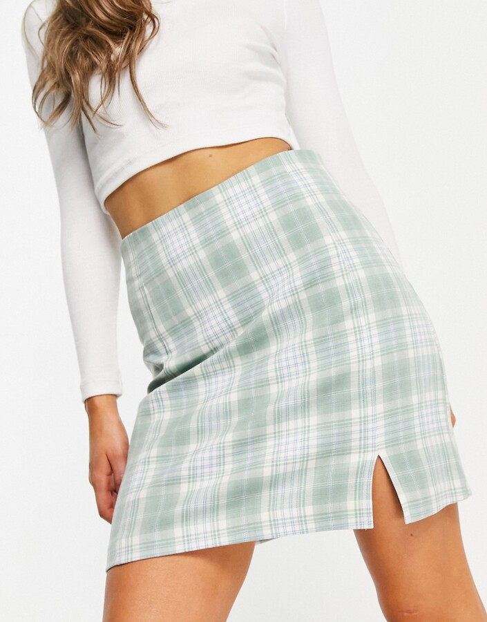 Thumbnail for your product : New Look a-line mini skirt with side split in green check