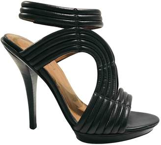 Elizabeth and James Black Leather Sandals