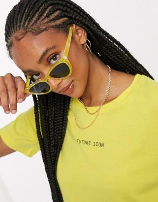 Noisy May future short sleeve t-shirt in yellow