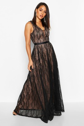 boohoo Boutique Lace Plunge Maxi Bridesmaid Dress