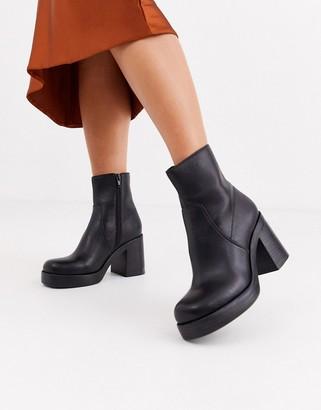 Topshop platform heeled boots in black