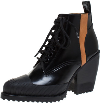 Chloé Black Leather Rylee Rubber Cap Toe Lace Up Ankle Boots Size 37.5