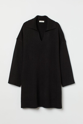 H&M Collared knitted dress