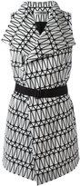 Issey Miyake belted sleeveless coat - women - Polyester/Cotton/Lyocell - 2