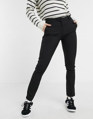 New Look pants with slim leg in black