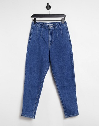Levi's Hollywood high waist tapered jeans in blue