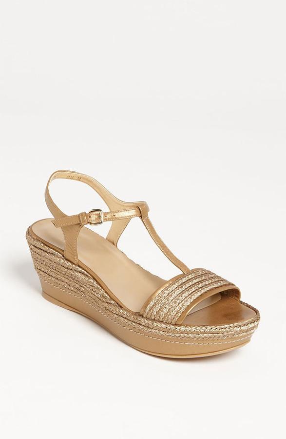 Stuart Weitzman 'Flatty' Sandal
