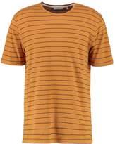 Minimum TATIPU Print Tshirt backthorn brown