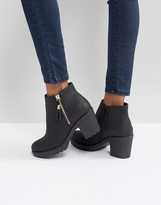 boohoo Zip Side Chunky Heel Ankle Boot