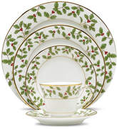 Noritake Holly and Berry Gold 5 Piece Place Setting, Service for 1
