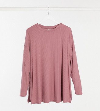 ASOS DESIGN Curve top with side splits and long sleeve in clean rib in mauve