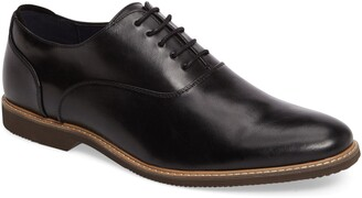 Steve Madden Nunan Plain Toe Oxford