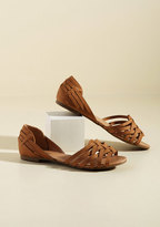ModCloth Temple of the Swoon Flat in Caramel in 6