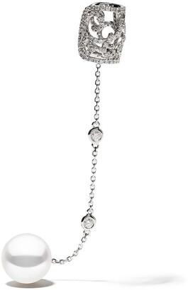 Yoko London 18kt white gold Novus Freshwater pearl and diamond earring