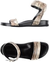 Rebeca Sanver Sandals