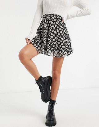 Bershka daisy flippy skirt in black