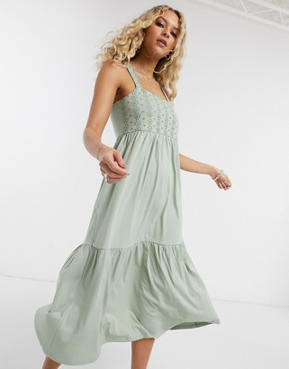 Only maxi dress with lace detail in green