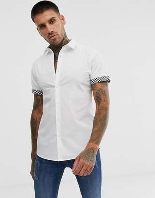 Asos Design DESIGN skinny fit poplin shirt with contrast check turn up-White