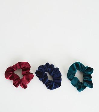 New Look 3 Pack Velvet Scrunchies