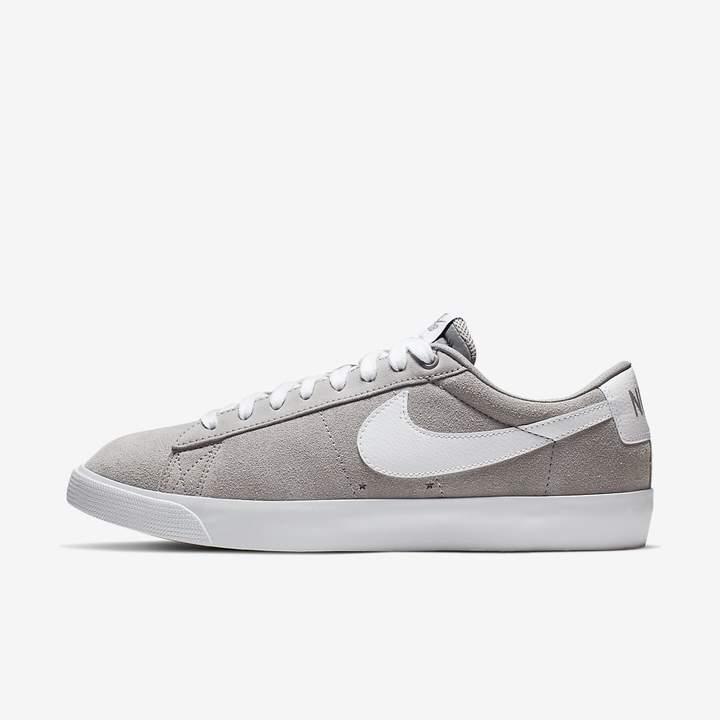 quality design 41748 0b53b Skate Shoe SB Blazer Low GT