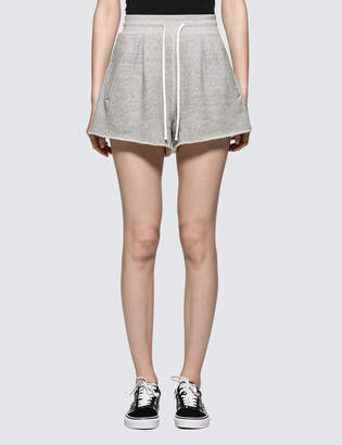 R 13 Pleated Sweatshorts