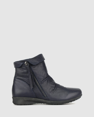 Airflex Cadent Leather Ankle Boots