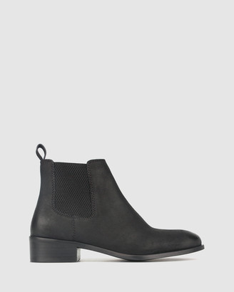 betts Surge Leather Chelsea Boots