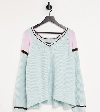ASOS Design Curve v neck jumper with colour block and tipping detail in green