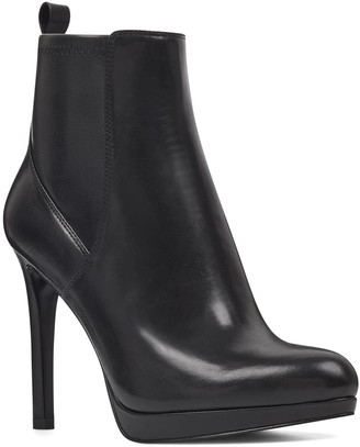 Nine West Quillen Leather Stretch Bootie