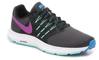 Nike Run Swift Lightweight Running Shoe - Women's
