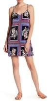 Socialite V-Neck Print Pleated Dress