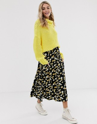 Asos Design DESIGN button front midi skirt with pockets in yellow floral-Multi