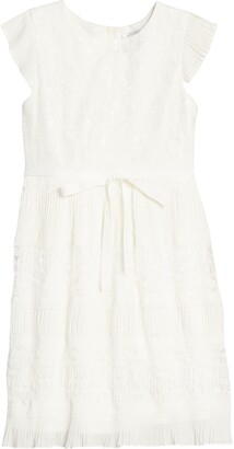 Blush by Us Angels Pleated Lace Dress