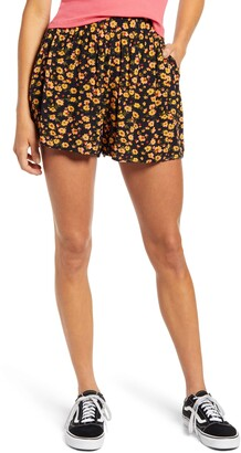 BP Easy Pleated Shorts