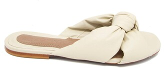 BCBGMAXAZRIA Tinsley Slide Sandal