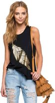 EkarLam® Women Summer Sleeveless Gold Feather Print Casual Tank Tops Look Cool