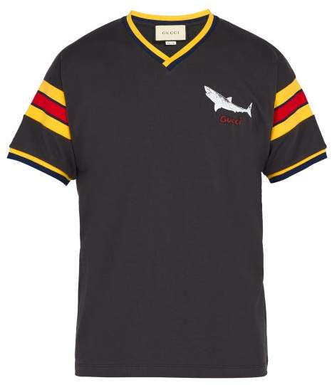 Gucci Shark Print V Neck T Shirt - Mens - Black