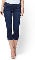 New York & Co. Soho Jeans - Cropped Legging - Blue Hustle Wash