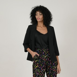 Molly Bracken Buttoned Blazer with Tailored Collar and 3/4 Length Sleeves