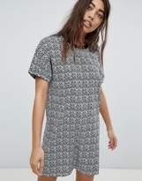 Noisy May Graphic Printed Shift Dress