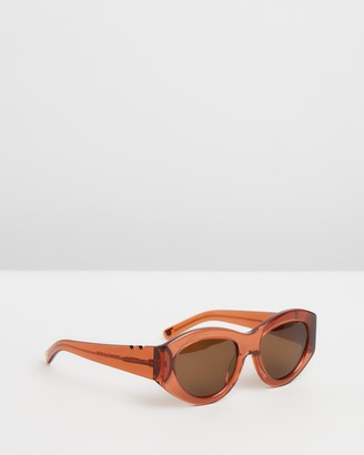 Pared Eyewear Holly Ryan x Serra