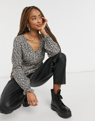 New Look peplum hem tea blouse in black spot