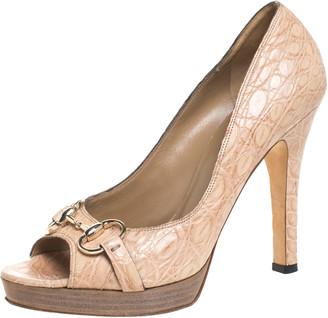 Gucci Beige Croc Leather New Hollywood Horsebit Peep Toe Pumps Size 39.5